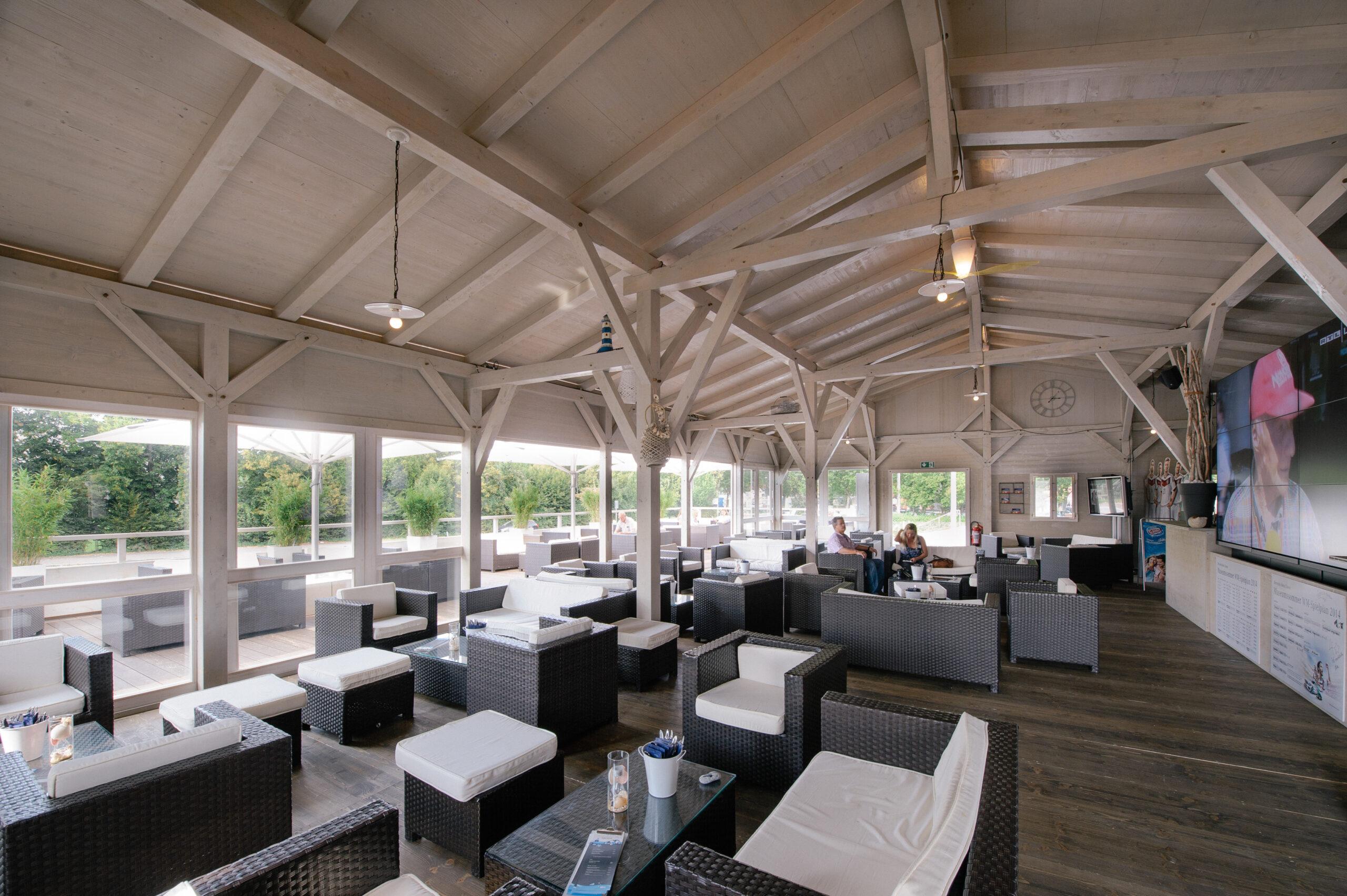 Lounge, Bistro, Restaurant
